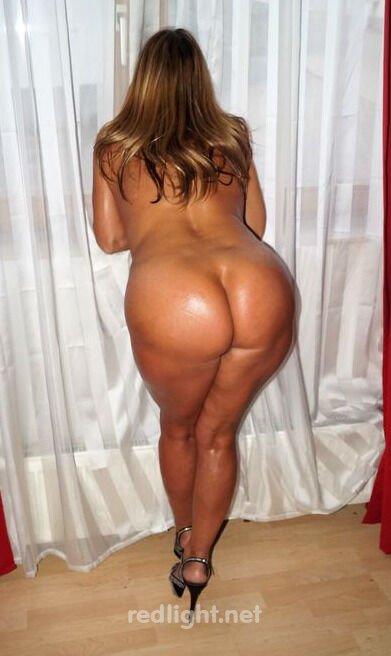 Hot Hausfrau